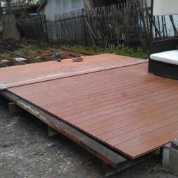 wpc terrassenbau 96 - Aufbringen der WPC Terrassendielen