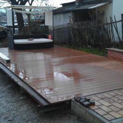 wpc terrassenbau 99 - Aufbringen der WPC Terrassendielen