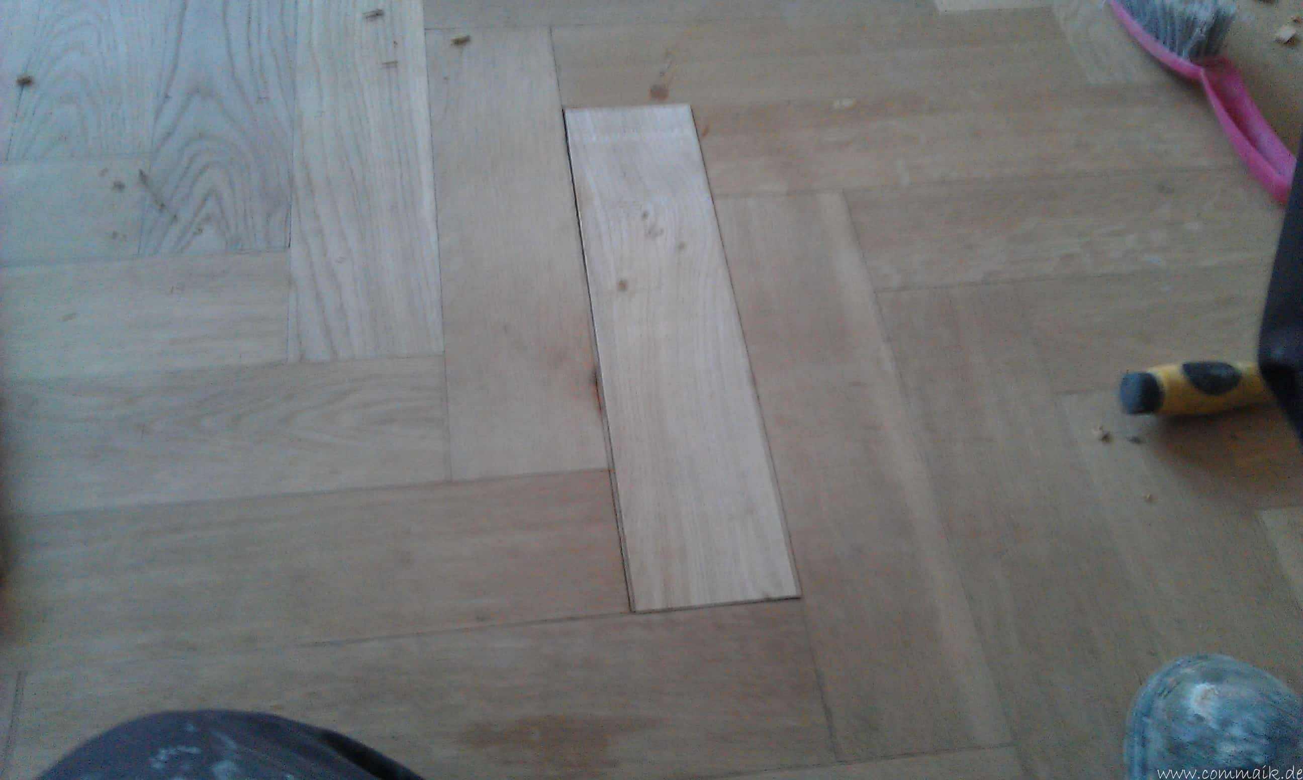 parkett eiche reparieren kratzer im parkett entfernen so. Black Bedroom Furniture Sets. Home Design Ideas