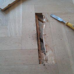 echtholzparkett reparieren wohnung25 - Eichen Echtholz Parkett aufbereiten und kaputte Stäbe auswechseln