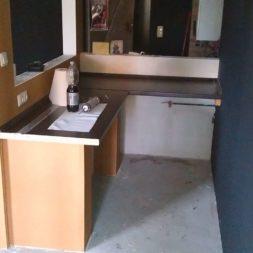 arbeitsplatte bartresen im keller9 - Partyraum im Keller - Die Bar bekommt eine Arbeitsplatte