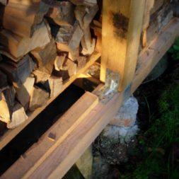 bau eines brennholzlagers 12 - Bildergalerie – Der Garten 3