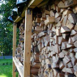 bau eines brennholzlagers 45 - Bildergalerie – Der Garten 1