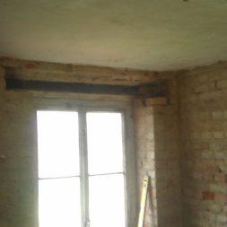 buero im keller bauen1 - Vom Abstellkeller zum Maklerbüro - Fenstersturz auswechseln