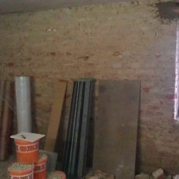 buero im keller bauen8 - Vom Abstellkeller zum Maklerbüro - Fenstersturz auswechseln