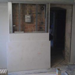 buero im keller bauen47 - Das Maklerbüro im Keller wird fertig gebaut