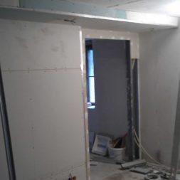 buero im keller bauen61 - Das Maklerbüro im Keller wird fertig gebaut