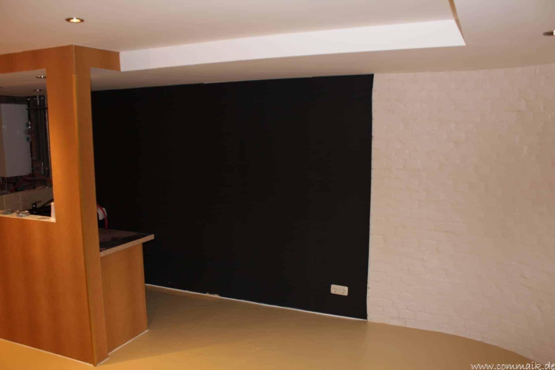 frische farbe im partykeller commaik. Black Bedroom Furniture Sets. Home Design Ideas