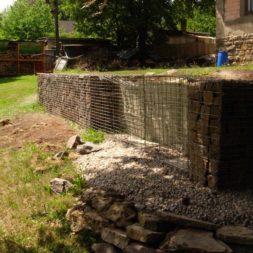 bau der gabionen terrasse12 - Der Bau unserer Gabionen Terrasse zum Abfang des Hangs