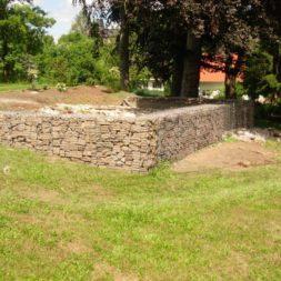 bau der gabionen terrasse15 - Der Bau unserer Gabionen Terrasse zum Abfang des Hangs