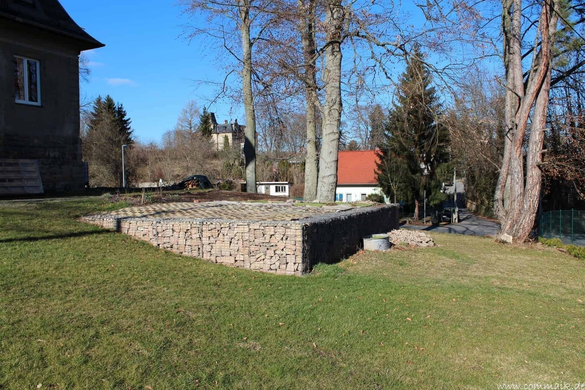 Fabulous Der Bau unserer Gabionen Terrasse zum Abfang des Hangs | commaik WB74