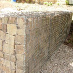 bau der gabionen terrasse23 - Der Bau unserer Gabionen Terrasse zum Abfang des Hangs