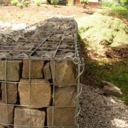 bau der gabionen terrasse24 - Der Bau unserer Gabionen Terrasse zum Abfang des Hangs