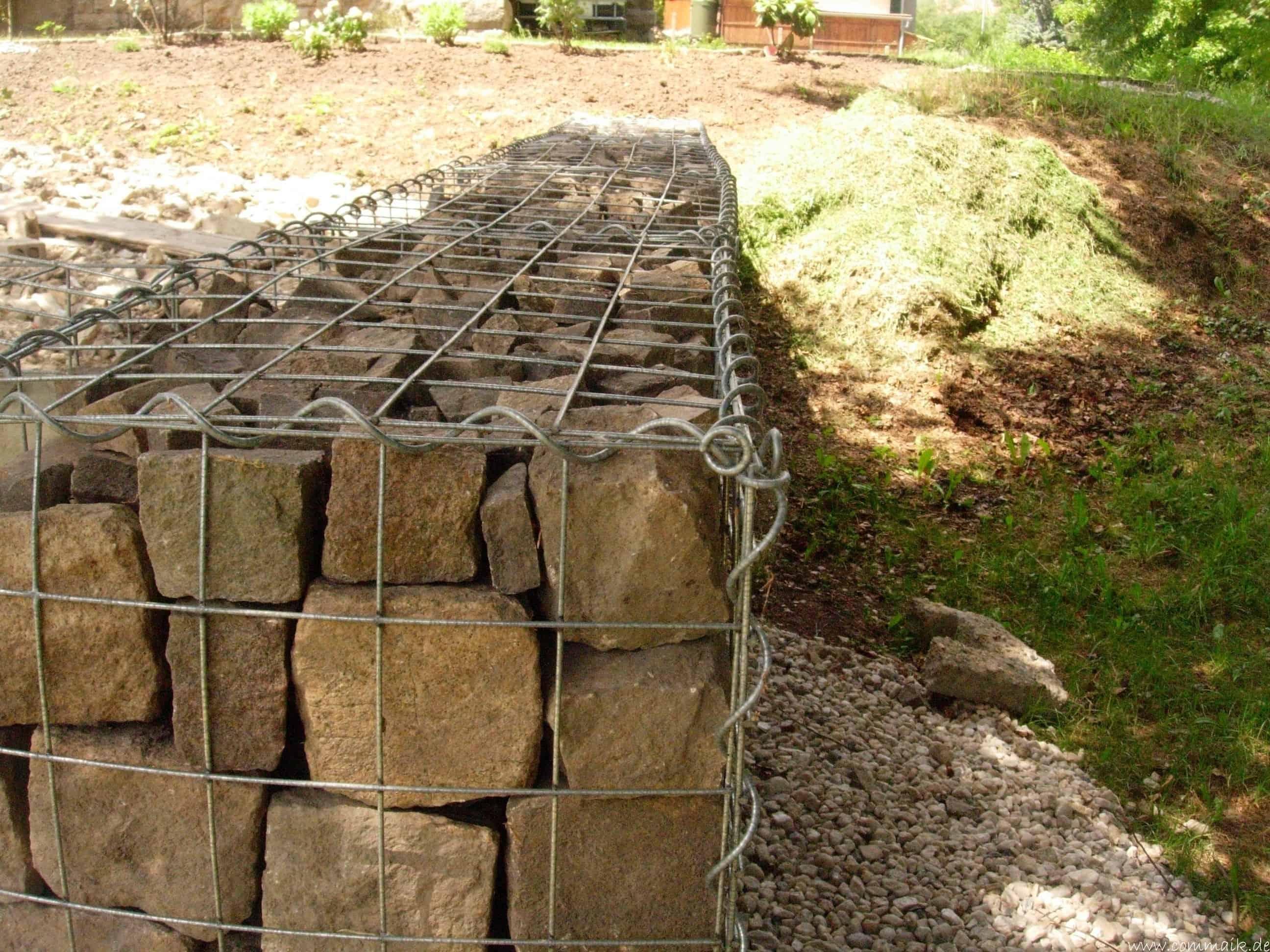 Fabulous Der Bau unserer Gabionen Terrasse zum Abfang des Hangs | commaik JF66