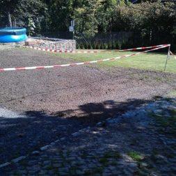rasenanlegen nach dem trockenlegen 2 - Trockenlegung des Hauses - Einbringen von Drainage und Wasserrohren