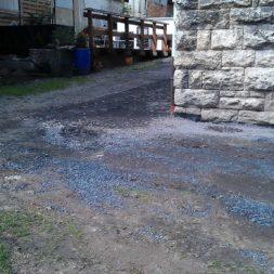 trockenlegung des keller verfuellen des graben 17 - Trockenlegung des Hauses - Einbringen von Drainage und Wasserrohren