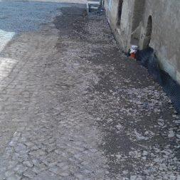 trockenlegung des keller verfuellen des graben 22 - Trockenlegung des Hauses - Einbringen von Drainage und Wasserrohren