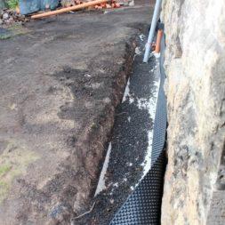 trockenlegung keller einbringen rohre drainage 12 - Trockenlegung des Hauses - Einbringen von Drainage und Wasserrohren