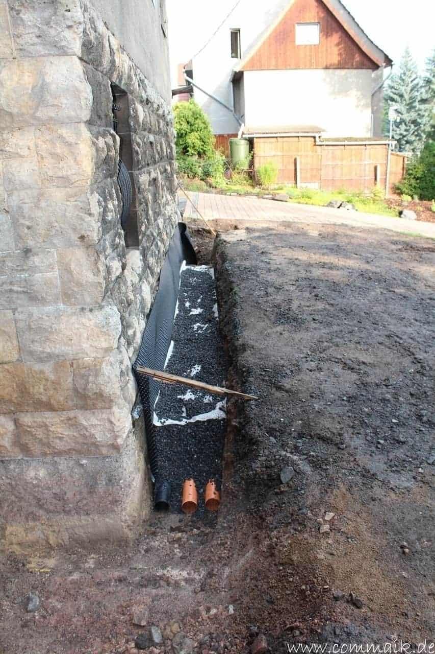 Super Trockenlegung des Hauses – Einbringen von Drainage und PW01
