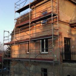 neuverputzen der nord fassade 15 - Die Nord-Fassade wird neu verputzt