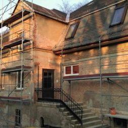 neuverputzen der nord fassade 16 - Die Nord-Fassade wird neu verputzt