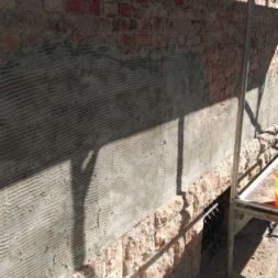 neuverputzen der nord fassade 19 - Die Nord-Fassade wird neu verputzt