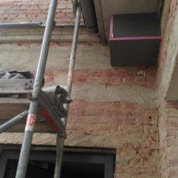 neuverputzen der nord fassade 31 - Die Nord-Fassade wird neu verputzt