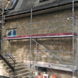 neuverputzen der nord fassade 37 - Die Nord-Fassade wird neu verputzt