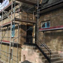 neuverputzen der nord fassade 39 - Die Nord-Fassade wird neu verputzt
