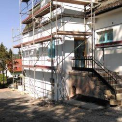 neuverputzen der nord fassade 40 - Die Nord-Fassade wird neu verputzt