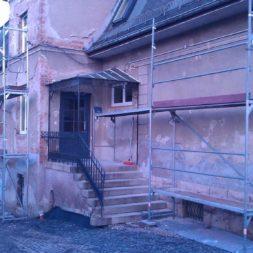neuverputzen der nord fassade 54 - Die Nord-Fassade wird neu verputzt