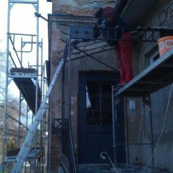 neuverputzen der nord fassade 56 - Die Nord-Fassade wird neu verputzt