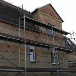 neuverputzen der nord fassade 6 - Die Nord-Fassade wird neu verputzt
