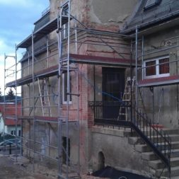 neuverputzen der nord fassade 61 - Die Nord-Fassade wird neu verputzt