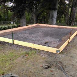 bau eines blockbohlenhaus im garten 14 - Der Bau einer Blockbolengarage im Garten