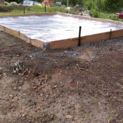 bau eines blockbohlenhaus im garten 18 - Der Bau einer Blockbolengarage im Garten