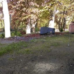 bau eines blockbohlenhaus im garten 4 - Der Bau einer Blockbolengarage im Garten