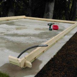bau eines blockbohlenhaus im garten 42 - Der Bau einer Blockbolengarage im Garten