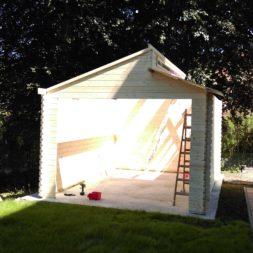 bau eines blockbohlenhaus im garten 50 - Der Bau einer Blockbolengarage im Garten