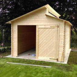 bau eines blockbohlenhaus im garten 52 - Der Bau einer Blockbolengarage im Garten