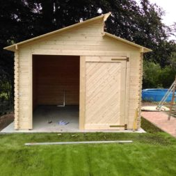 bau eines blockbohlenhaus im garten 53 - Der Bau einer Blockbolengarage im Garten