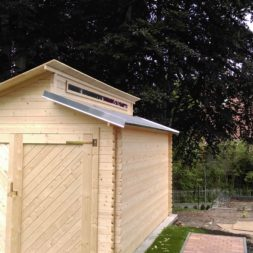 bau eines blockbohlenhaus im garten 57 - Der Bau einer Blockbolengarage im Garten