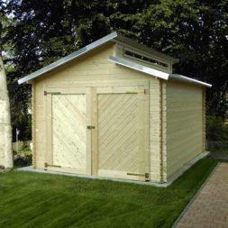 bau eines blockbohlenhaus im garten 62 - Der Bau einer Blockbolengarage im Garten