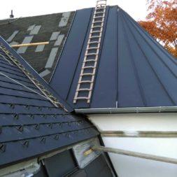 dach mit prefa alublech eindecken 115 - Der PREFA Stier kommt auf das Dach