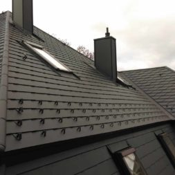 dach mit prefa alublech eindecken 130 - Der PREFA Stier kommt auf das Dach