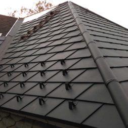 dach mit prefa alublech eindecken 44 - Der PREFA Stier kommt auf das Dach
