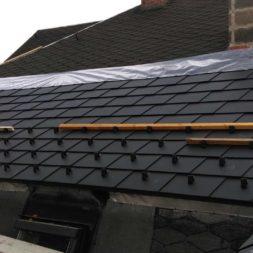 dach mit prefa alublech eindecken 45 - Der PREFA Stier kommt auf das Dach