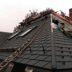 dach mit prefa alublech eindecken 51 - Der PREFA Stier kommt auf das Dach