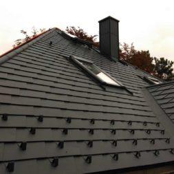 dach mit prefa alublech eindecken 78 - Der PREFA Stier kommt auf das Dach