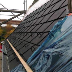 dach mit prefa alublech eindecken 91 - Der PREFA Stier kommt auf das Dach